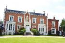 4 bedroom home in Teddington Hall...