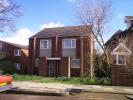 2 bed property in Kingston Lane, Teddington