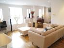 property to rent in Admiralty Way, Teddington