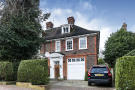 5 bedroom semi detached home in Greenaway Gardens...