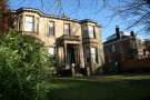Flat to rent in Cleveden Gardens...