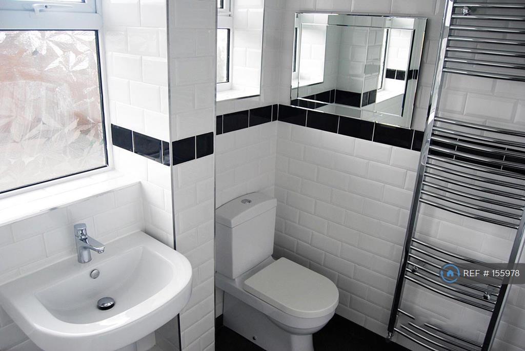 3 Bedroom Semi Detached House To Rent In Carlisle Crescent Ashton Under Lyne Ol6 Ol6