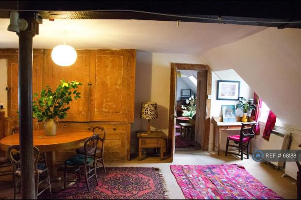 Livingroom/Reception Room