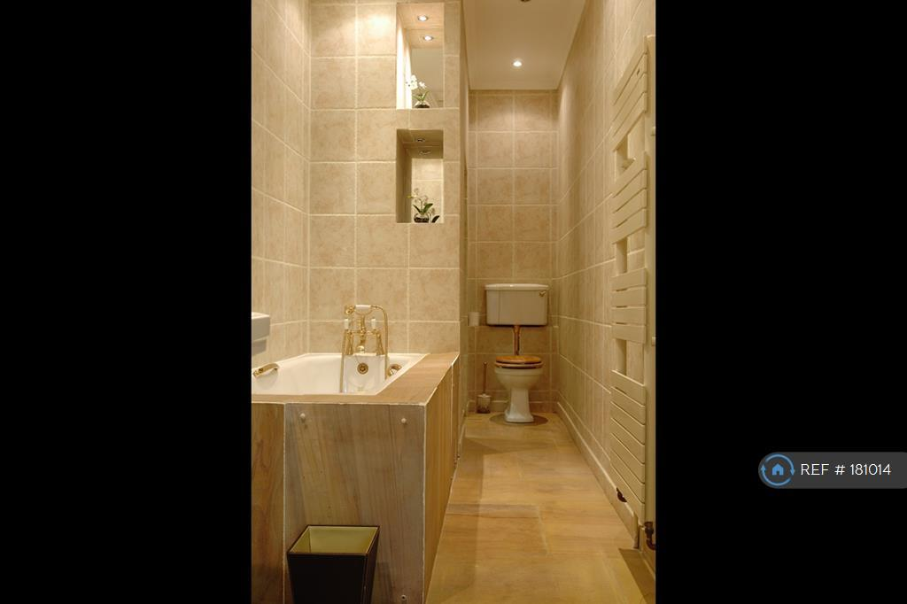 Ensuite Bathroom With Double Shower