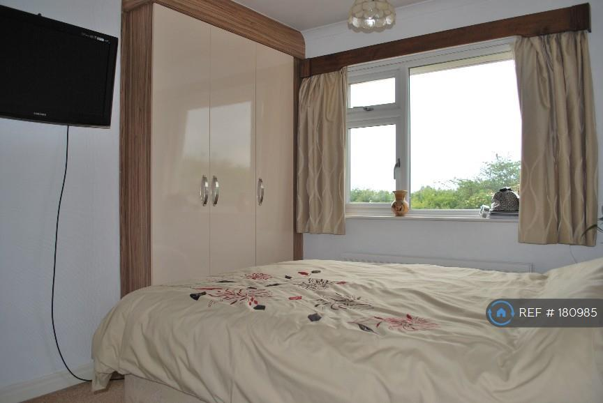 Minsterley Drive Bedroom 2