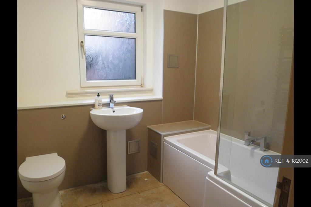 Bathroom With Shower-Bath