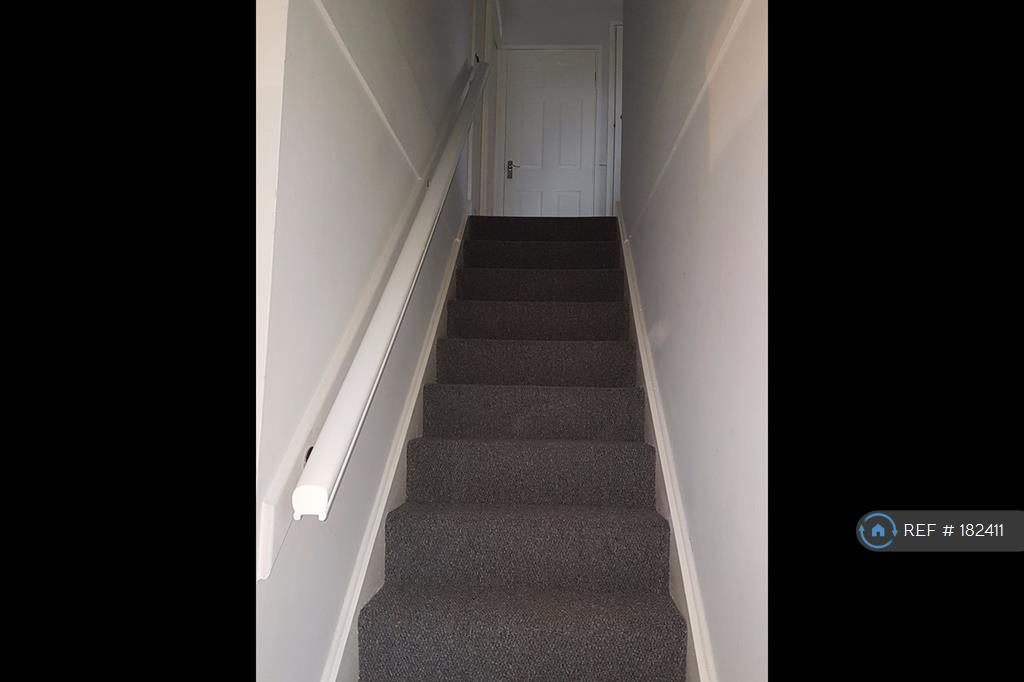 Brand New Carpets Fitted Throughout