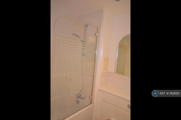 Main Toilet Bath