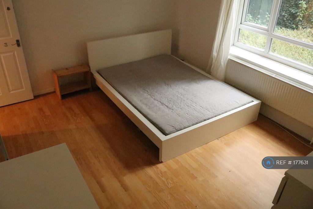 Room 3 (Other Angle)