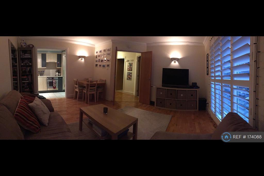 Panoramic Of Lounge / Kitchen
