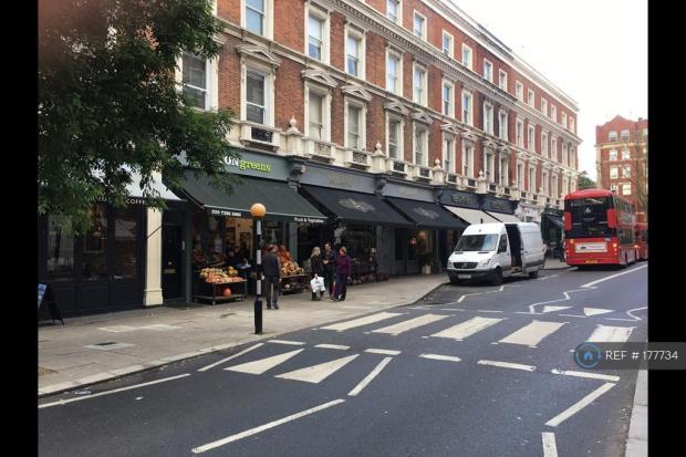 Clifton Gardens Cafe/Shops (15 Min Walk)