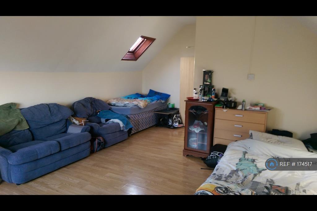 Huge Spacious Double Room