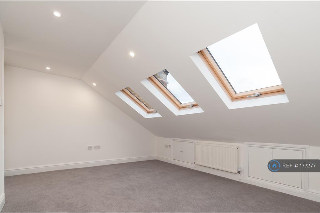 Sunny Bedroom3