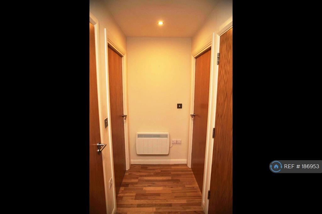 Apartment Passage