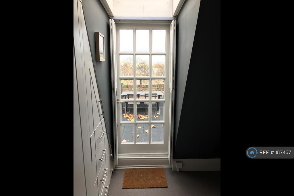 Door From Bedroom To Roof Terrace