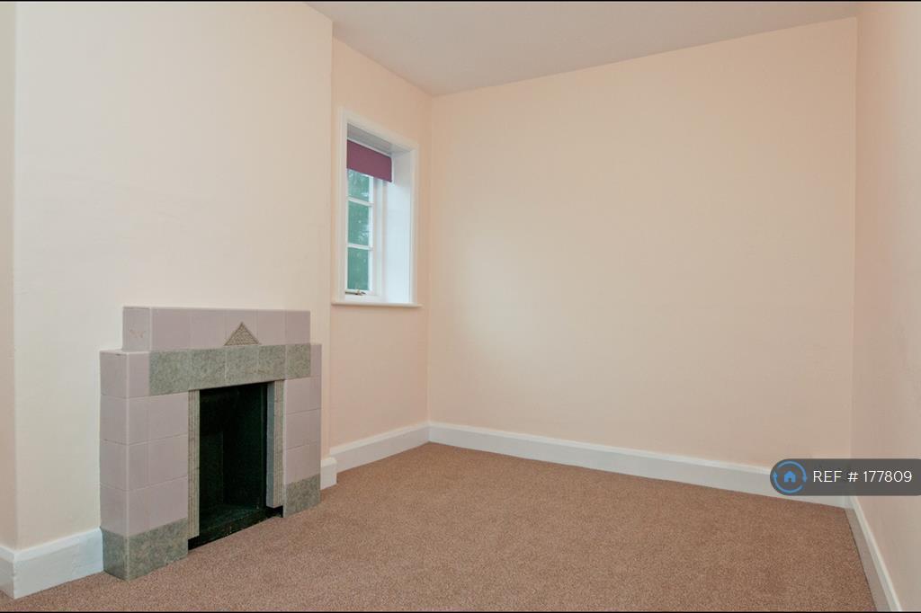 Snug/Office/Playroom/Bedroom 4