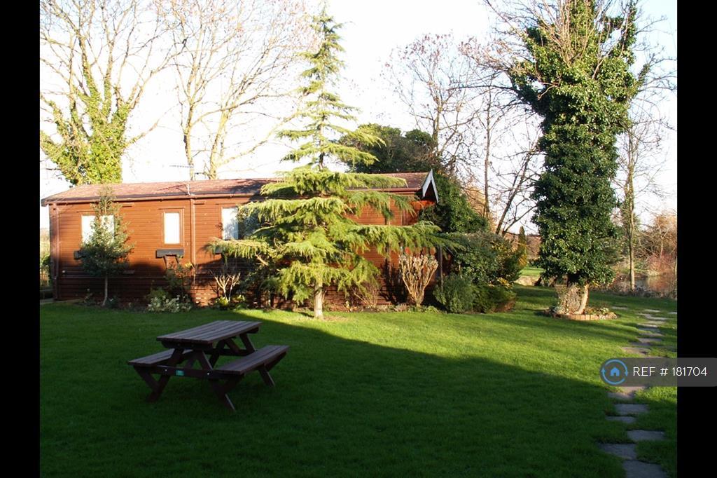 Kingfisher Lodge Exterior