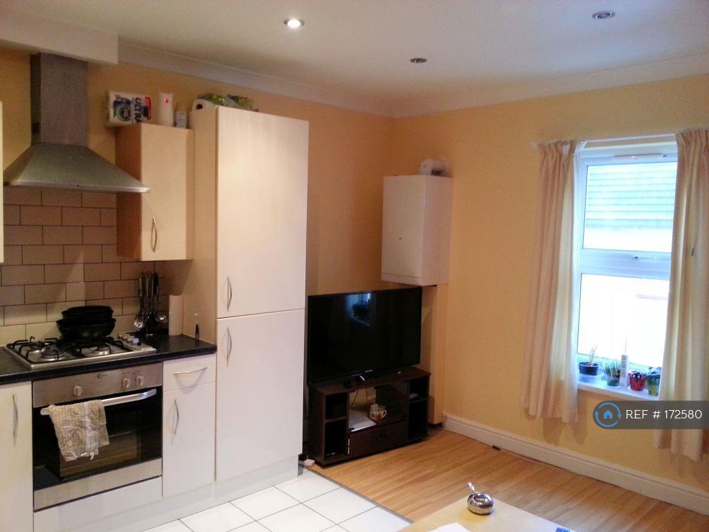 Kitchen-Lounge (Open-Plan)