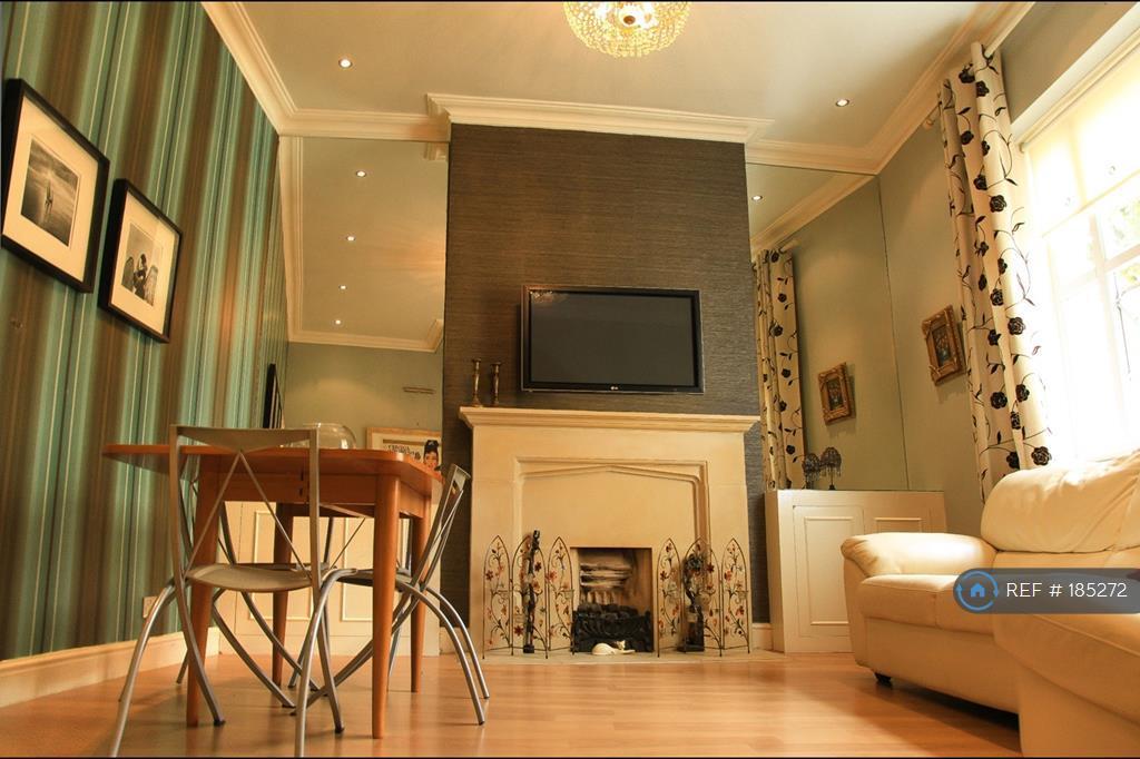 Living Room - Garden View