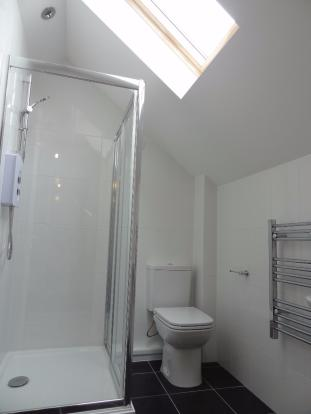 Flt 14 - bathroom