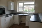 Flat to rent in Leagrave High Street...