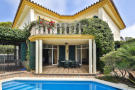 5 bed Semi-detached Villa for sale in Guadalmina Baja...