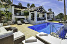 5 bed Villa for sale in La Quinta, Benahavis...