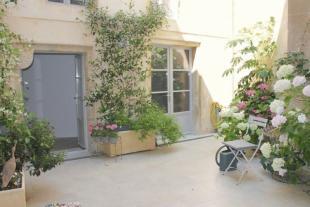 Apartment for sale in Rue St Francois, Monsegur