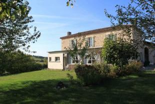 Character Property in Nr Duras, Lot et Garonne