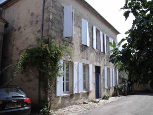 Village House for sale in Castelmoron d'Albret...