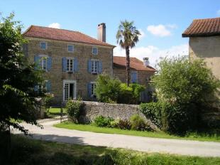 8 bed Country House in Bonnegarde, Landes