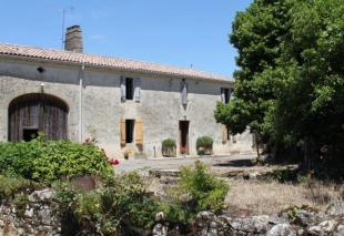 Farm House for sale in Aquitaine, Gironde...