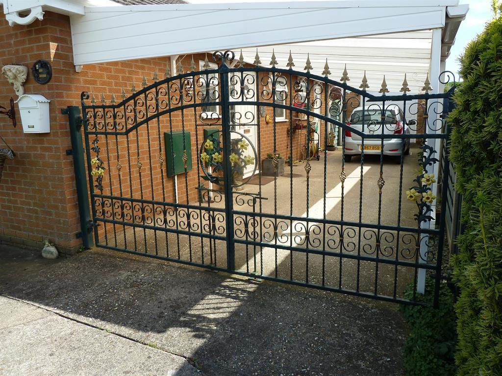 Gates & Carport