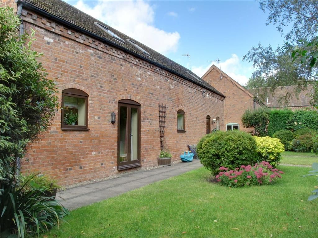 4 Bedroom Barn Conversion For Sale In Cornmill Barns