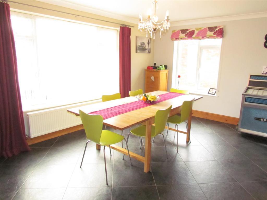 IMG_0075 dining room