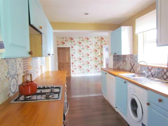 kitchen 111.JPG