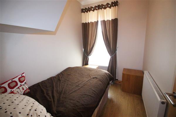 Bedroom / 4