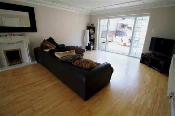 Lounge / Family room