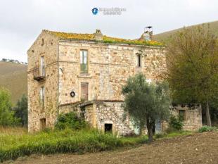 Cottage for sale in Atessa, Chieti, Abruzzo