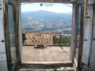 Town House in Abruzzo, Chieti, Tufillo