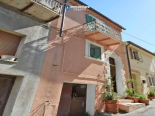 3 bedroom Town House in Molise, Campobasso...