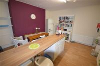 2 bed Flat in Forest Road, Prenton