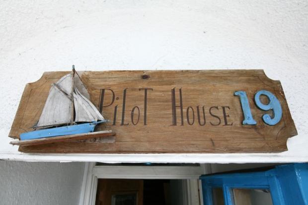 Pilot House 19
