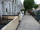 Mayola Road Maisonette to rent