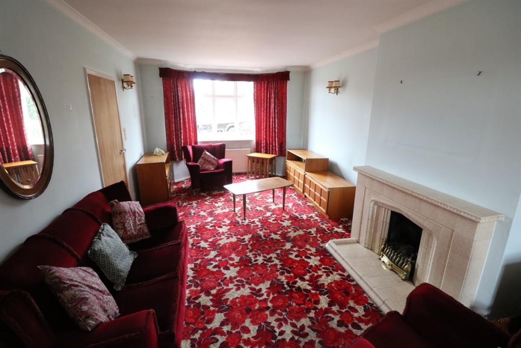 Living Room/Dining R