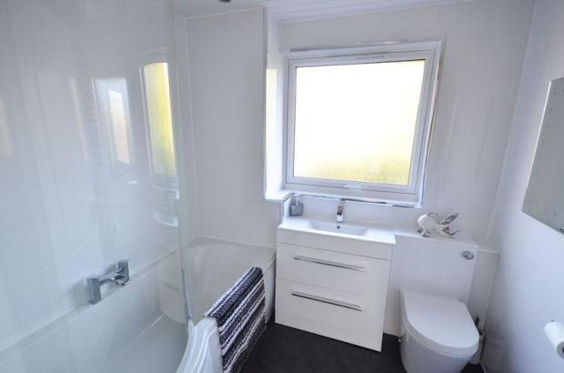 Bathroom - Ups...