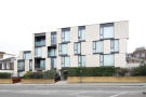2 bed Flat to rent in Oval Road, London, NW1