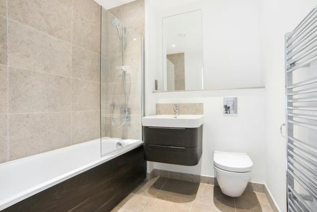 2_Bathroom