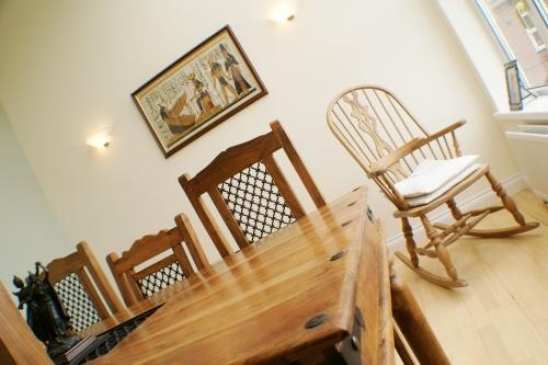 Dining & Sun Lounge