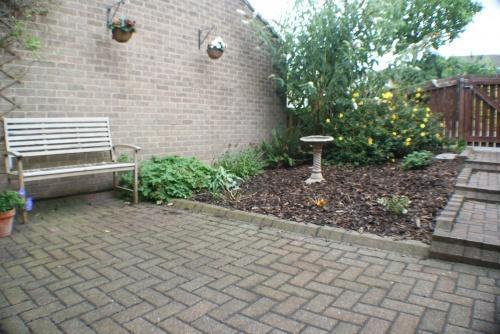 Enclosed Front Patio Garden